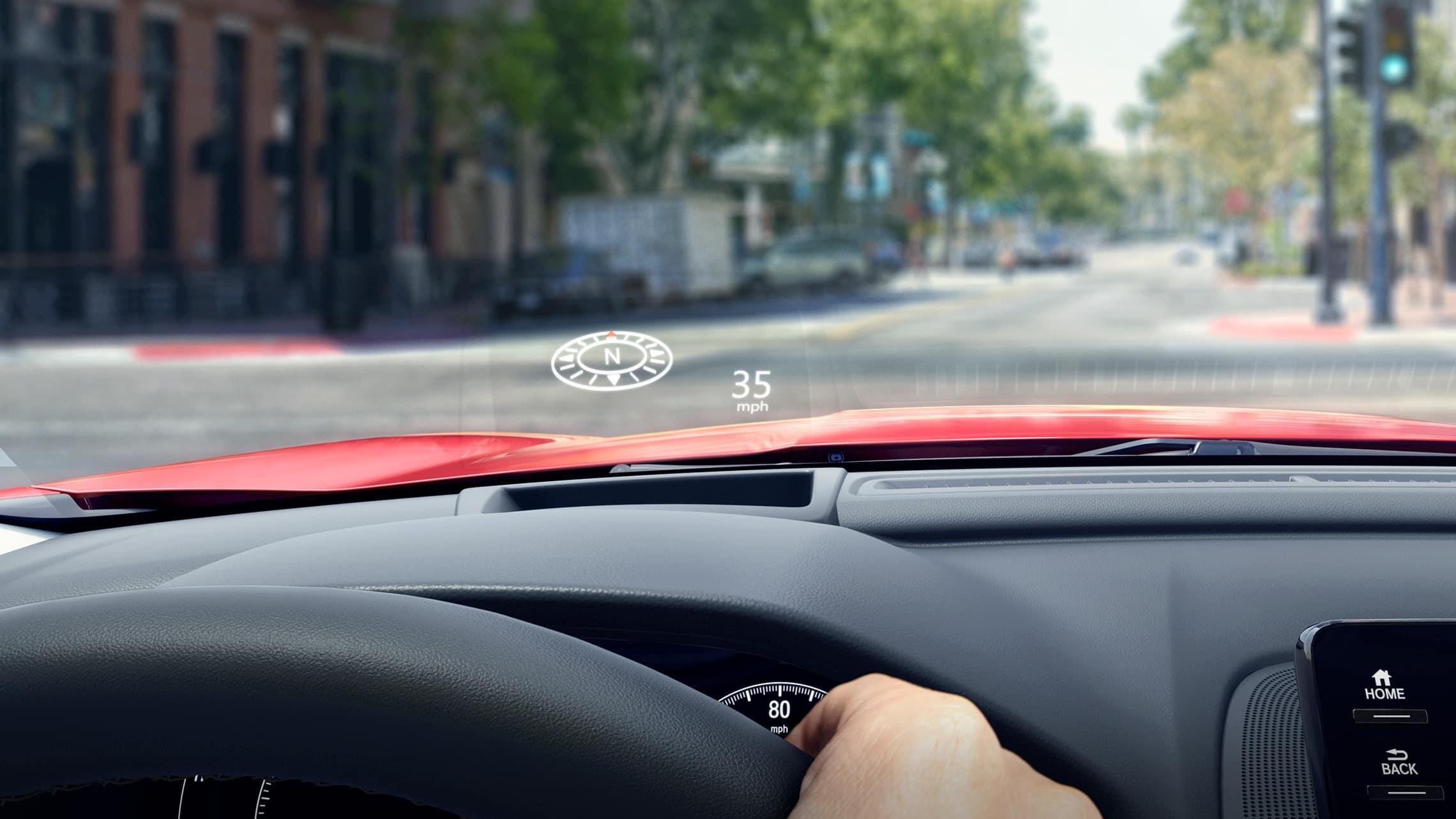 Detalle de la pantalla a la altura de la vista del Honda Accord Touring2.0T2021.